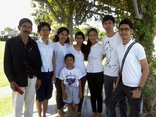 Familia Fronda at Eternal Gardens - Binan ♥Missing our dearest ate Leah & BJ