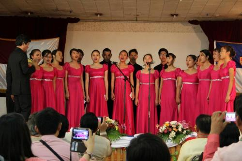 Internuncios Chorale of MAMC-Colleges for special rendition