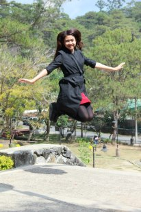 soul sister, Joie Lee shows how to levitate *some delegates thought she's my biological sister! :D