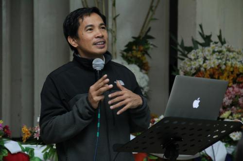 Pastor Ron Genebago delivers the warm heavenly manna