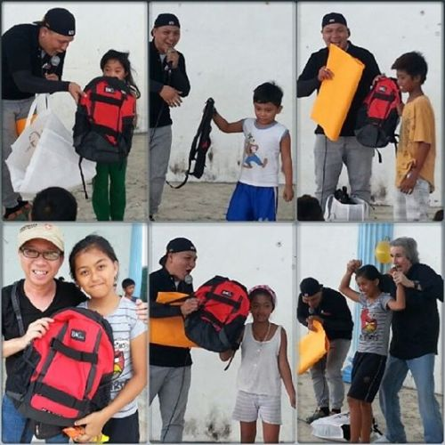 Kids, residents of Himlayan Cemetery in Parañaque City, who received their BAG943 backpack during one of the Sidewalk weekly activity of Metro World Child.  Josh, thanks for asking me to represent you!
