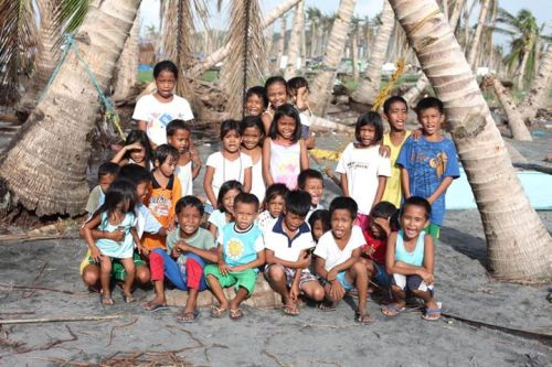 The real winner of the #amBAG FRIENDLY CHALLENGE between me and Josh Mahinay: the kids of YELLOW BOAT OF HOPE ADOPT-A-FISHERMAN recipients in Tacloban, Samar! ~Doc Anton